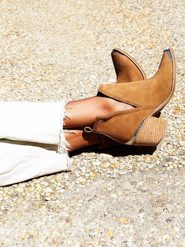 обувь в базовом гардеробе, ботильоны Dicker