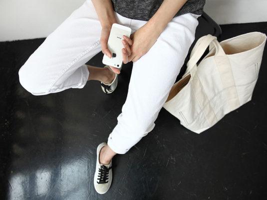 белые джинсы, white jeans, summer essentials, летний базовый гардероб