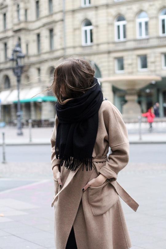 шарф, парижский базовый гардероб