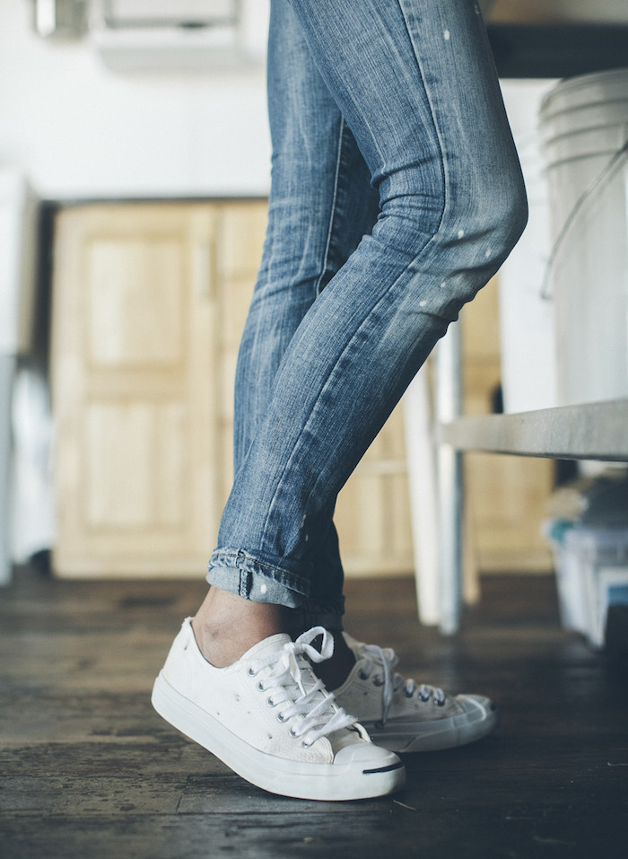 skinnies-and-sneakers